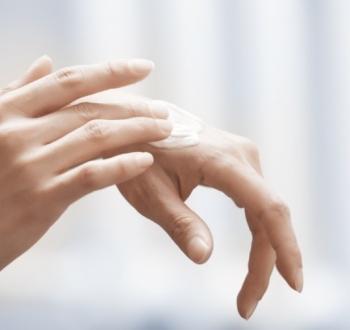 Laiko ir mokslinių tyrimų patikrinta veiklioji medžiaga – baltasis ichtiolas. Kuo jis ypatingas?